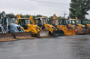 Traktoriai www.aivena.lt